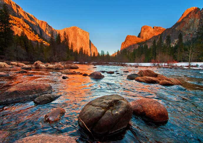 Yosemite-National-Park-Valley-View-Sunset